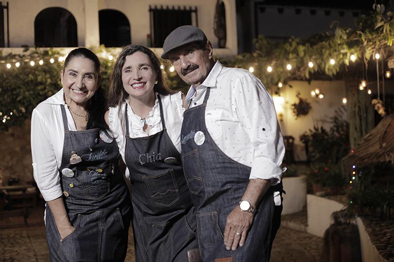 Lucila, Chía y Samuel Rueda, expertos paelleros de La Tabla