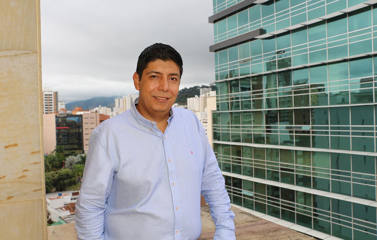Sinergia Inmobiliaria, Sergio Contreras Castillo